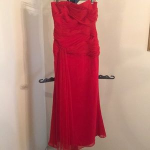 White by Vera Wang Strapless Red Formal Gown